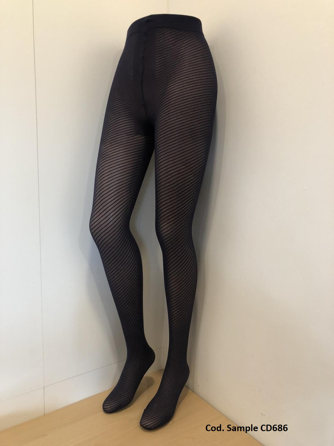 New Pantyhose with Diagonal Pattern!